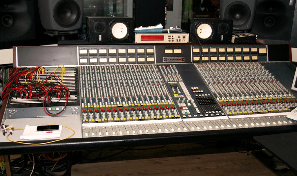 スイスのSL4000A