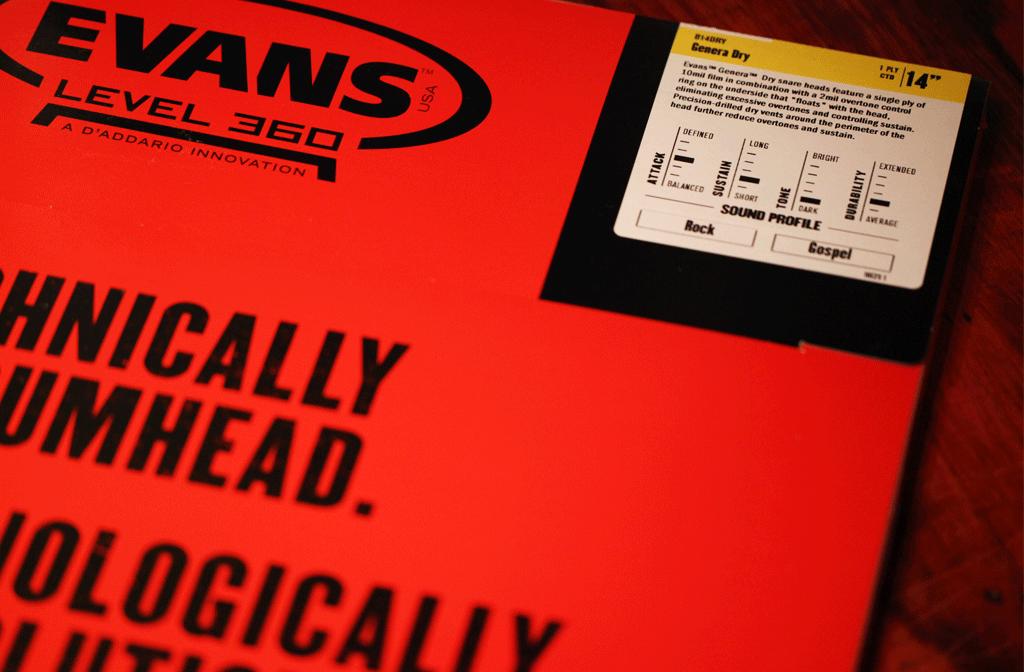 EVANS社のスネア用ヘッド「Genera Dry」